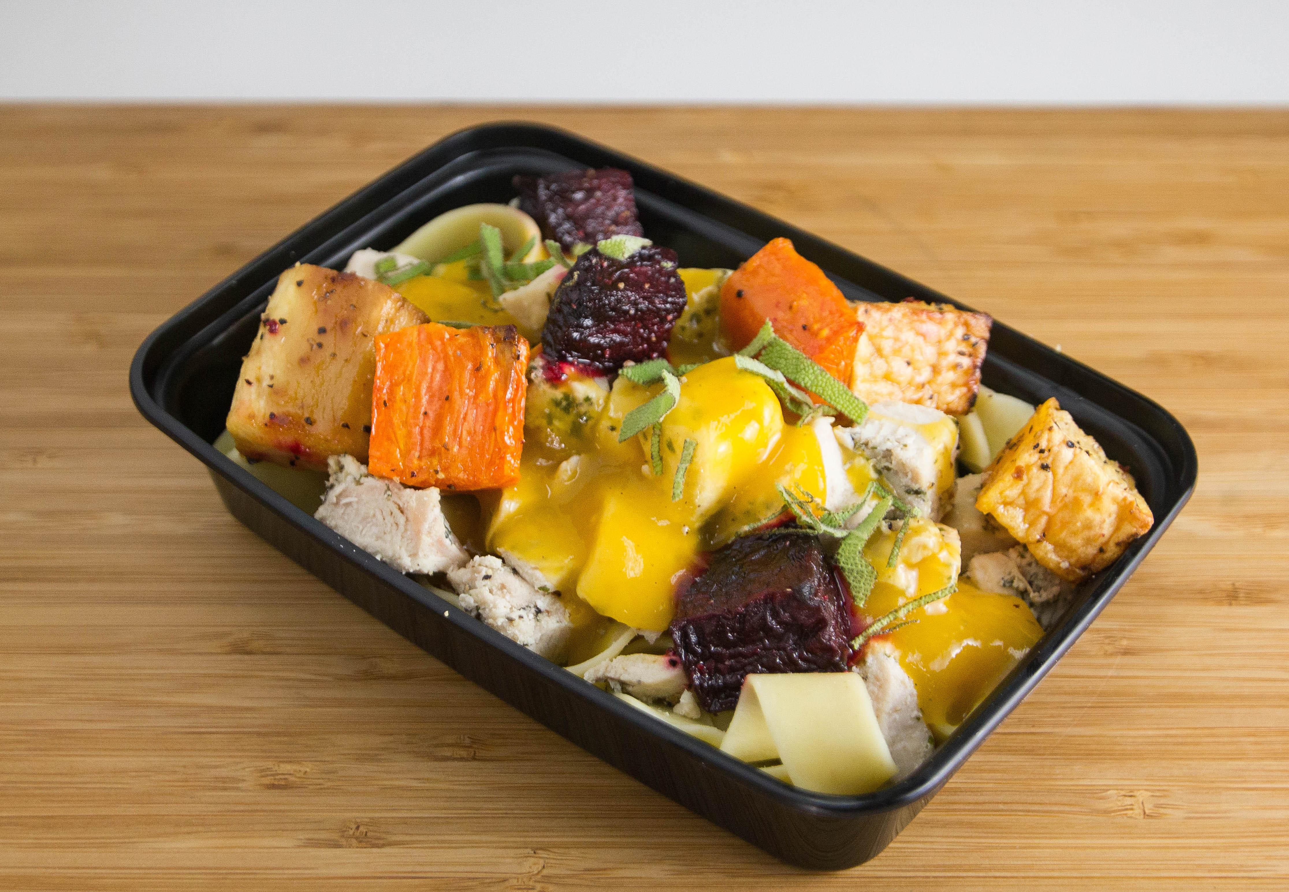 Chicken w/Pasta & Vegetable Medley
